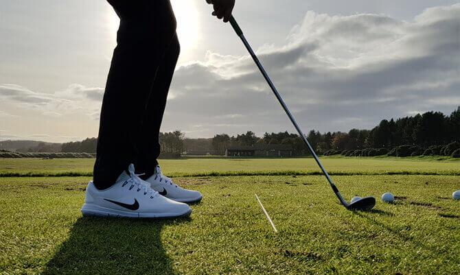 chaussure-golf-nike